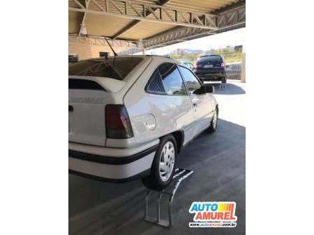 Chevrolet - Kadett GSi 2.0
