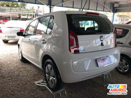 VolksWagen - Up! Move 1.0 Total Flex 12V 5p