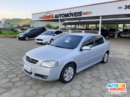 Chevrolet - Astra Hatch CD 2.0 8V  5p Mec