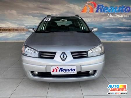 Renault - Megane Grand Tour Dynamique Hi-Flex 1.6 16V
