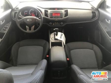 Kia Motors - Sportage LX 2.0 16V