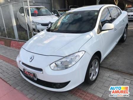 Renault - Fluence Sedan Dynamique 2.0 16V