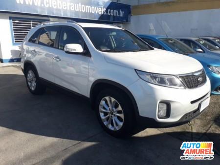 Kia Motors - Sorento 2.4 16V 174cv