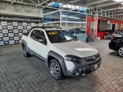 Fiat - Strada Adventure 1.8 Locker Flex CD