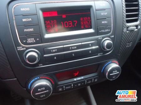 Kia Motors - Cerato SX3 1.6 16v