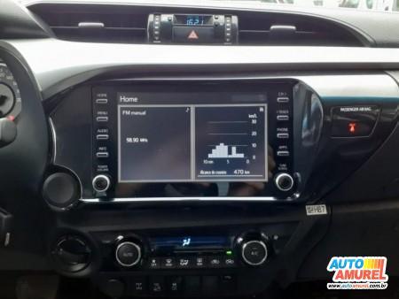 Toyota - Hilux CD SR 4x4 2.8 TDI