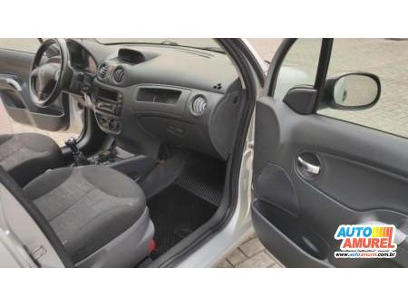 Citroën - C3 GLX 1.4 8V 5p