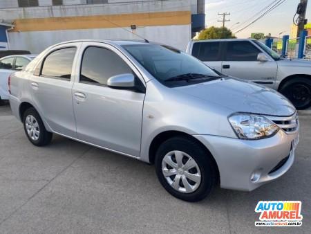 Toyota - Etios X Sedan 1.5 Flex 16V 4p