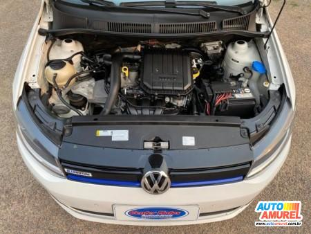 VolksWagen - Fox Bluemotion 1.0 Mi Total Flex 12V 5p