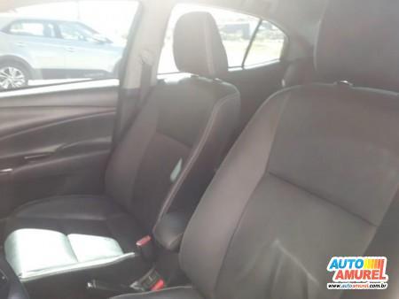 Toyota - Yaris XS Sedan 1.5 Flex 16V 4p