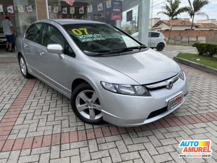 Honda - Civic Sedã LX 1.8 Aut 4p