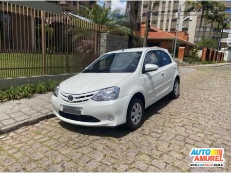 Toyota - Etios XS 1.5 Flex 16V 5p