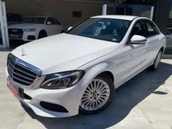 Mercedes-Benz - C-180 CGI Exclusive 1.6 TB 16V