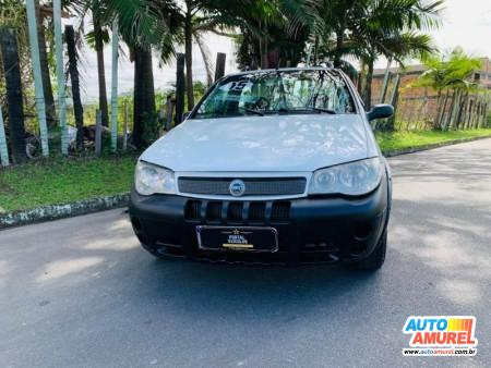 Fiat - Strada Trekking 1.8 mpi Flex 8V CS