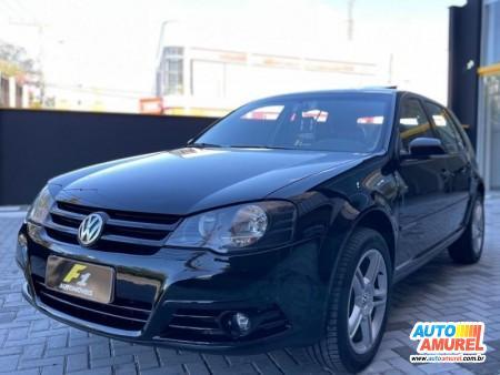 VolksWagen - Golf Black Editon 2.0 Mi 8V